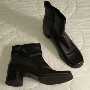 Croft and Barrow Ankle Boots